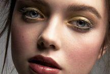 Makeup / by Maria Piro