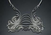 Metal y piedra / Diseño de joyería
