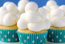 Cupcake decorating ideas / by Carol Solt