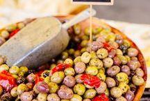 Les marchés à Lège-Cap Ferret / Entre le marché de Piraillan, du Cap-Ferret ou encore de Lège, impossible de rater l'occasion de faire des emplettes à Lège-Cap Ferret !