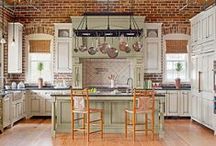 Cottage Kitchen / Shabby chic kitchen tools, appliances, and decor