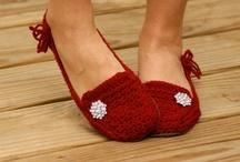 Crochet Slippers / Crochet slipper patterns