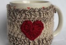 Crochet Coffee Cozy / Crochet patterns for coffee sleeves, coffee cozies, cozy