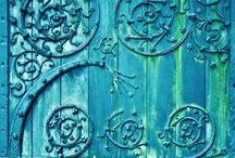 Divine Color Design