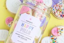 Crafts, Gifts, Designs & DIY / Crafty Ideas, Gift Ideas, and DIY Projects - Many of these crafts are made from using cupcake liners or paper straws like we carry in our Sweets & Treat shop.