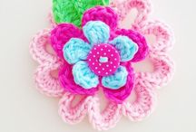 Crochet - Flowers / Can't have enough!! / by Petrea