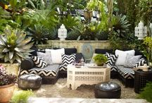 Exteriors/Gardens/Patios / by Eleana Marques