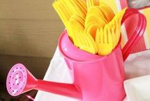 Pink Lemonade Party Ideas / Pink lemonade parties are such a fun idea for a first birthday party or any party ideas time really. With the bright colors of pink and yellow, you just can't go wrong for a perfect summer time party.