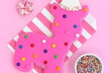 Circus Animal Cookie Party Ideas / Our circus animal cookies party ideas are inspired by our favorite classic cookie, animal cookies! Check out our fun circus animal cookie party ideas using all things pink!