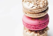 COOKIES / Beautifully decorated cookies and delicious sounding cookie recipes.