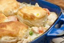 recipes. / Yummy dinner food ideas / by Melissa Flores
