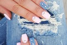 Nifty Nails / The trendiest nail designs