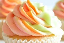 Food:  Cupcake Collection / Cupcakes