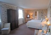 Our Guest bedrooms / Our Garden View and Loch View rooms all offer en suite facilities.