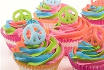 """Hello Cupcakes / """"I've never met a problem a proper cupcake couldn't fix."""" <3 Sarah Ockler, Bittersweet  / by Lise Plante Hubbard"""