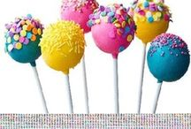 Cake Pops / What's cuter than a cupcake? A cake pop, of course!  / by Lise Plante Hubbard