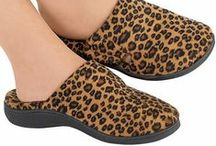 Shoes & Footcare / FeelGoodSTORE.com® offer shoes and footwear designed to feel good & look good!