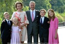 Belgie - Koningin Mathilde / Nee: Countess Mathilda d'Udekem d'Acoz. Married Phillipe of Belgian, (now King of Belgian on July 21, 2013) on December 4, 1999 in Brussels at the Cathedral of Saint Michel. Children: -Princess Elizabeth -Prince Gabriel -Prince Emmanuel -Princess Eleonore