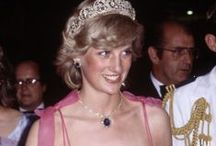 Diana - Fabulous Gowns and dresses / All her gorgeous gowns