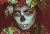 "holiday//DAY OF THE DEAD / The Day of the Dead (""El Dia de los Muertos"") is a Mexican public holiday to honor the deceased.  It is celebrated on November 2 (a date close but unrelated to Halloween).   / by Chef Kokopelli"