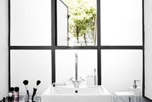 Our House: Bathroom / by Laura Towers