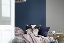 Pretty colour schemes / A selection of colour scheme ideas that can be used for decorating projects and paint combination ideas