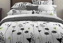 Black and White Bedroom / Black and White bedroom Home decor