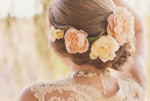 wedding obsession... / All girls have an obsession with weddings...just saying / by Kelly Nesbitt