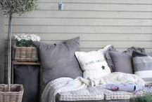 ~ Outdoor living ~ / Inspiration for an outdoor living lounge set