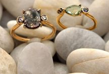 Pretty Rings / by Jacquelyn Lee
