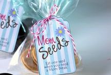Free Printable Ideas / 'Cause we all need quick and easy home decor ideas and gift tags at the last minute.