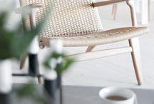 Furniture: Lounge Chairs