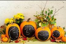 Seasonal Ideas: Halloween / Halloween crafts and decor / by Cassie Bustamante (Primitive & Proper)