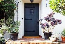 Pretty Spaces: Exteriors / Gorgeous exteriors of homes