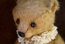 Loved old toys / by Fiona Jones