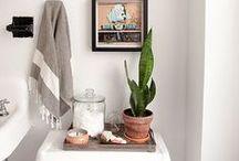 Bright & White Bathrooms