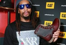Famous Fans / Look who we saw wearing #CatFootwear!