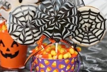 [Extraordinary] Halloween / Halloween adventures! Costumes, decorations, recipes, and more. Spooky fun ideas for your Halloween party or for the family to enjoy.  / by Danielle Smith