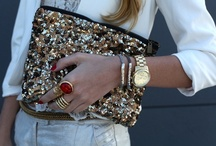 Clutches & Purses <3 / by ThaigerLilly '