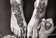 Henna / Beautiful henna designs...  / by Tori Martinez