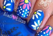 Nails Nails Nails / by Michelle Smith