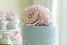 Cake Lace / Cake Lace provide the most gorgeous cake and cupcake decorating products for all your cake decorating needs. From a range of lace mould mats to cake stencils, all Cake Lace products are available at Create and Craft: http://www.createandcraft.tv/cake-lace