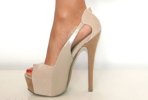 Fashion / Clothes, shoes, accessories, and such / by Courtney Johnson