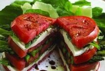 La insalata & roba simile / Salads & such..... / by Debbie Woodroof