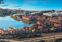 Westgate Lakes Resort / Un resort de lujo con 3 super ventajas: 1. Ubicación: 1 milla de Universal Orlando, 3 millas de  SeaWorld, 4 millas de Orlando Premium Outlets. 2. Habitaciones Espaciosas / Cocina 100% Equipada. 3. Translaso Gratuito a outlets.