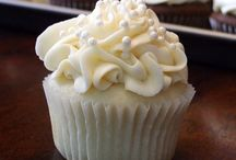 Recipes - Cupcakes, Muffins & Loaves / Cupcakes, muffins and loaves / by Laura S