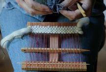 Weaving - Frame/Lap Looms / by yarnpiggy
