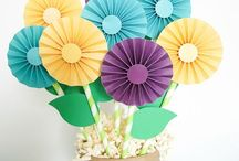 Holiday ::  Mother's Day / Celebrate Mom by showering her with creative, homemade gifts.