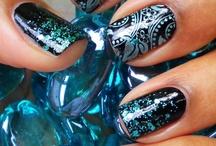 Fabulous Nails / by Handbag Report