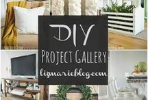 Photo wall collages / Brilliant ideas, #DIY tips and #illustrations of #howto make amazing and stunning #photo #layouts and #collages for #walldecor and #home decorating ideas.